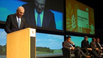 Philippe Pinta, président de l'Agpb, au Sommet du végétal (2013)