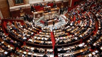 Clap de fin apr�s plus d�un an de d�bat parlementaire