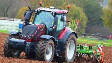 Plus que des tracteurs, une vitrine technologique