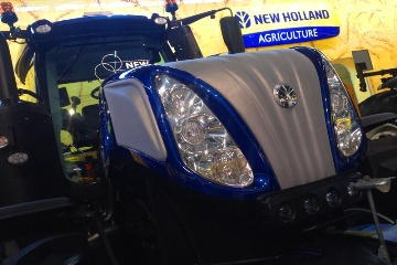 Premi�re pr�sentation en France pour le T8 New Holland s�rie Smarttrax
