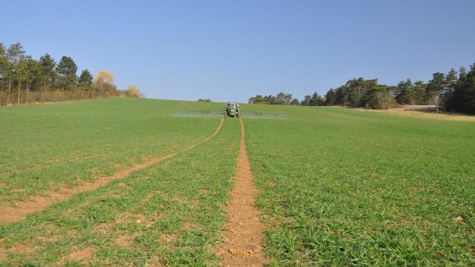 Les consignes de rin�age du pulv�risateur au champ ou � la ferme