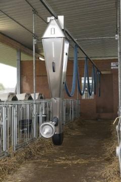 La Dal Calrail de Förster Technik allaite les veaux en niches individuelles