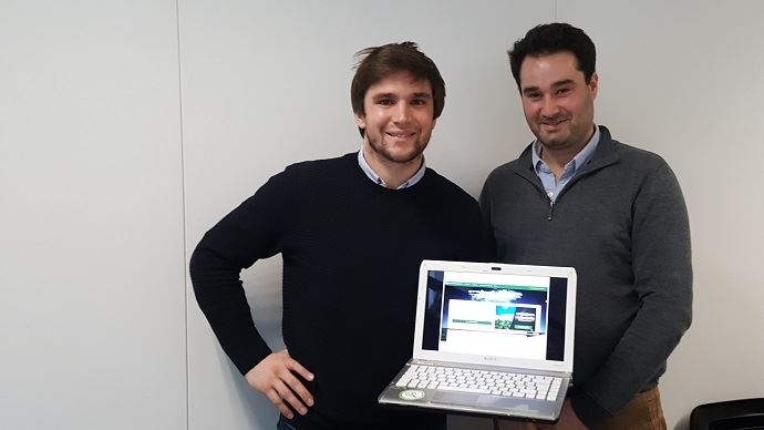 Pierre-Antoine Foreau (à gauche) et Vincent Guilhem de Pothuau ont créé pour les agriculteurs le premier site de vente de céréales en ligne comparateuragricole.com.