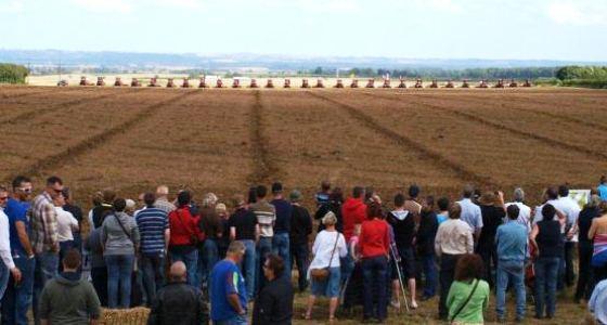 Plus de 3.000 personnes étaient venus assister à ce rassemblement de 50 Quadtrac.