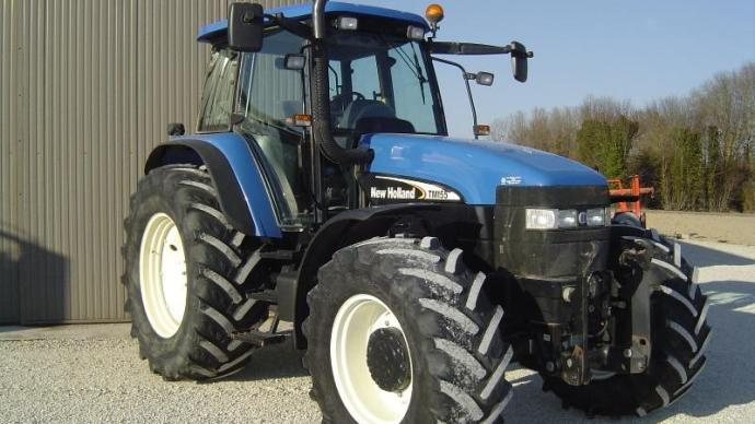 New Holland TN 155 Range Command.