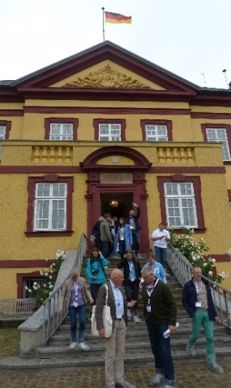 La manoir de 1707 accueille des visiteurs du monde entier