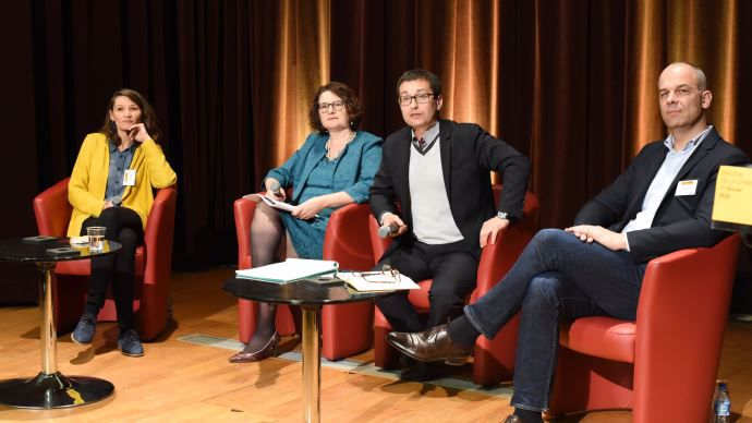Controverses de l'agriculture et de l'alimentation, avec Cécile Leuba, de Greenpeace, à gauche, et Arnaud Rousseau, de la Fop, à droite
