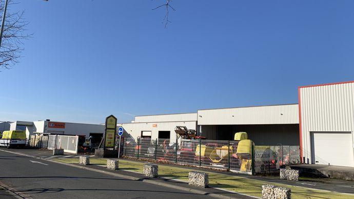 Bientôt de nouveaux partenariats seront affichés sur le point de vente des Ponts-de-Cé à l'image de ceux des autres magasins intégrés Espace Emeraude.