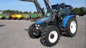 New Holland TL 90, un tracteur d'élevage simple et efficace