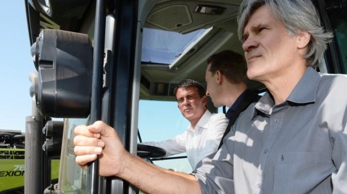 Manuel Valls, premier ministre à Terre de Jim. Xavier Beulin, président de la Fnsea lui a demandé de le recevoir pour lui présenter les difficultés aggravées que connaissent les agriculteurs.