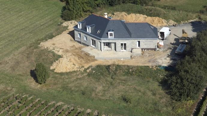 Construire sa maison d 39 habitation en zone agricole - Construire une maison en terre ...