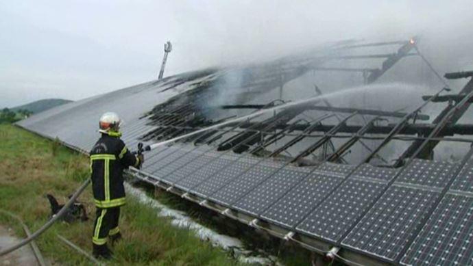 Incendie de panneaux photovoltaïques