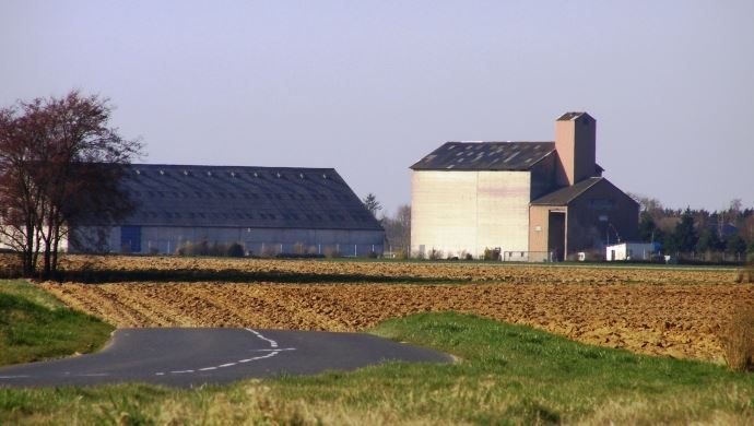 Le contrat à terme CME pour le blé tendre s'appuie sur 16 silos de livraison.