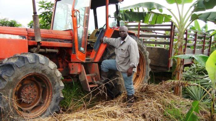 Jean-Pierre Imele, producteur de fruits bio au Cameroun.