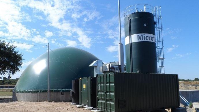 Première installation Microferm en France, réalisée sur l'exploitation vaches laitières du Gaec des Buissons (120 VL).