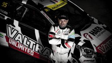 Valtra dans la course pour le championnat de rallycross
