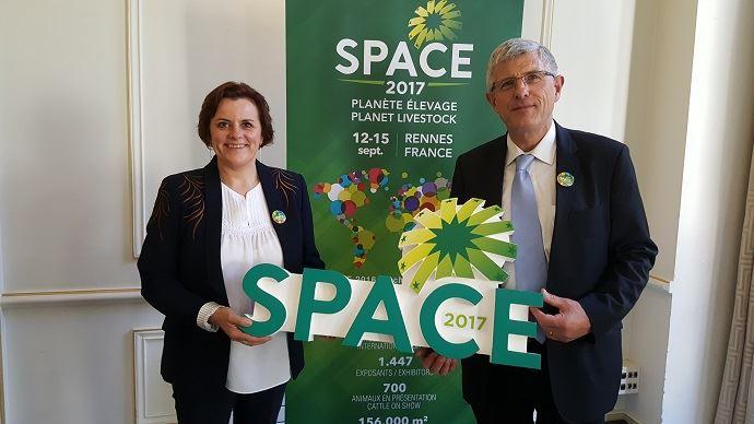 Anne-Marie Quéméner, commissaire générale du Space, et Marcel Denieul, président du salon, ont présenté à la presse mercredi 10 mai 2017 la 31e édition qui se déroulera du 12 au 15 septembre prochain.