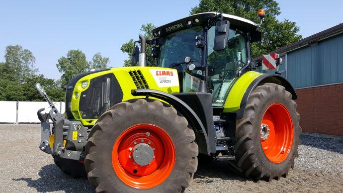 Tracteur Class Arion 660
