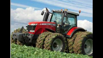 MF8690, le premier tracteur avec AdBlue