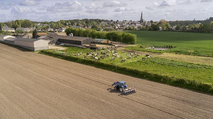 Jean-Marie Séronie plaide pour des réformes en profondeur pour permettre aux agriculteurs d'améliorer l'efficience de leurs exploitations.