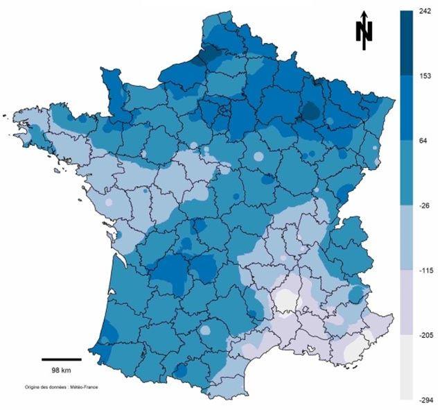 Carte 1: Écart du cumul de précipitation (en mm) entre la campagne 2017-2018 et la médiane 20 ans (1997-2016) pour la période 1er septembre-08 janvier