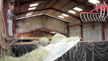 Découvrez leséchage en grange autoconstruit de la ferme du Carrégaut (09)
