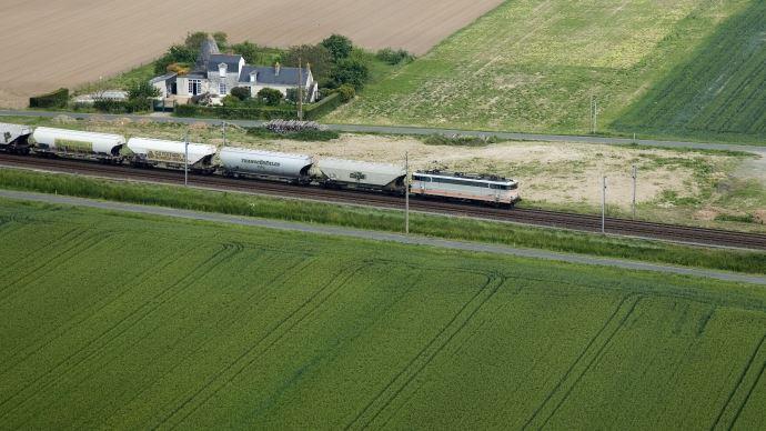 Train de céréales à destination d'une usine d'alimentation animale