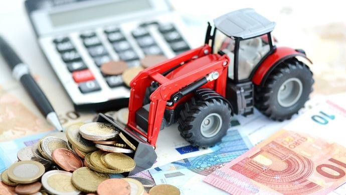 Archi-dominant mais de plus en plus difficile d'accès, le prêt bancaire classique cède du terrain au financement participatif et à l'apport de capitaux extérieur dans le panel de solutions pour financer l'installation ou les projets d'investissements en agriculture.
