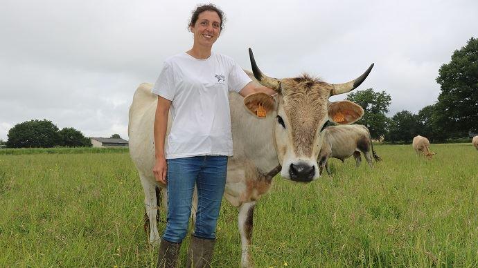 Hélène Souffran, éleveuse de Nantaises en Ile et Vilaine