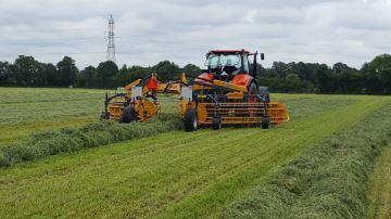 Quel est le prix des différentes techniques de récolte de l'herbe?