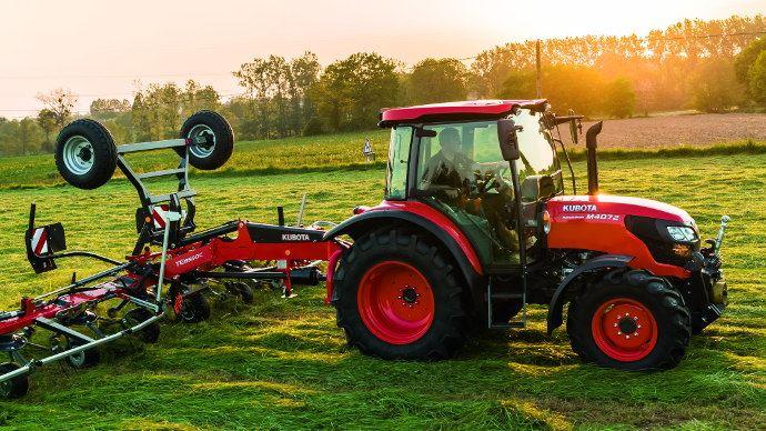 Kubota M4002, le nouveau tracteur pour l'élevage du constructeur japonais