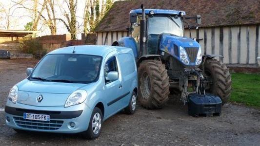 Utilitaire et tracteur