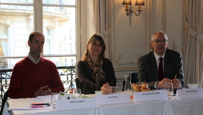 De gauche à droite, Olivier Coupery, Françoise Botterel et Christian Huyghe.