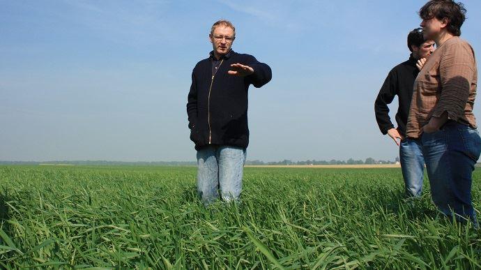 Tour de plaine organisé par l'association Agriculture biologique en Picardie (ici en 2011).