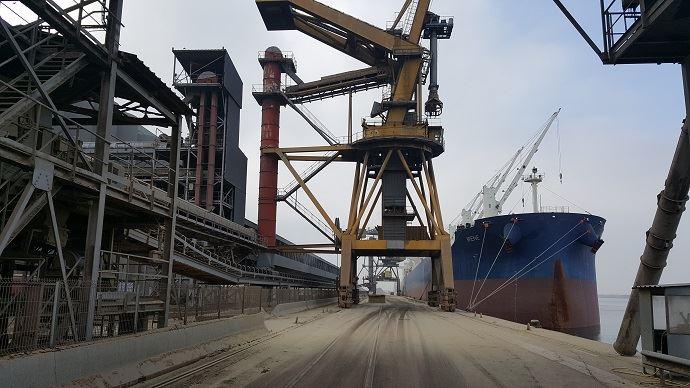 Les ports céréaliers français - ici le quai de Nord Céréales - auront plus de 20 Mt à faire expédier durant la campagne de commercialisation 2019-2020.