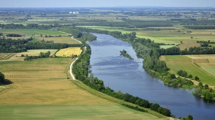 Paysage et fleuve