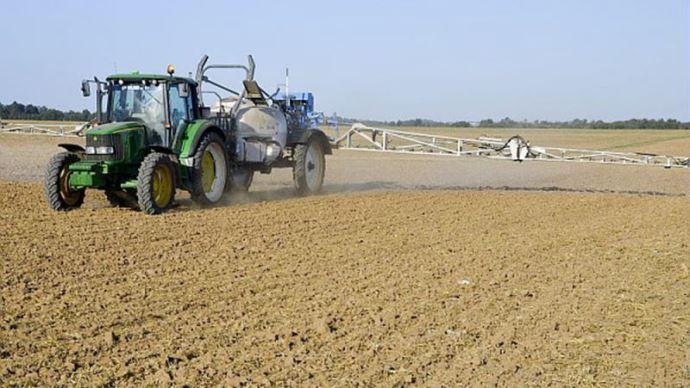 L'Etat met 30 M€ sur la table pour aider les agriculteurs à s'équiper dans du matériel limitant la dérive ou permettant de réduire l'usage des produits phytosanitaires.