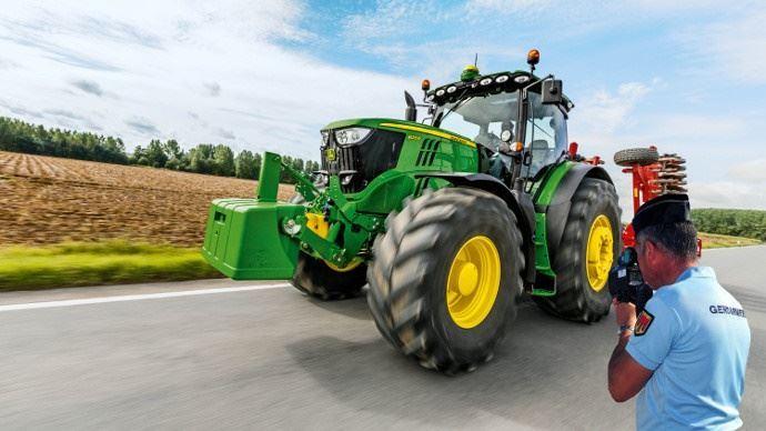 L'essentiel des règles de circulation routière agricoles présenté par Jean-Luc Pérès dans le replay du webinaire.