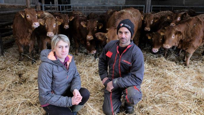 Elodie et Samuel Gasse du Gaec Gasse (27), éleveurs de Limousines