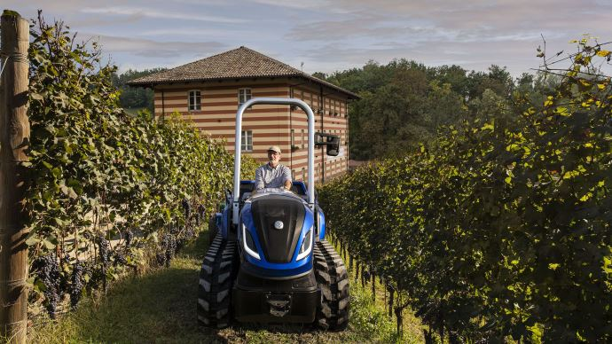 New Holland TK