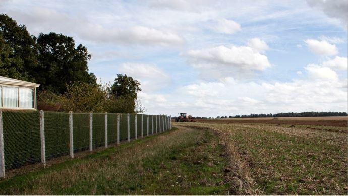 champs maison tracteur