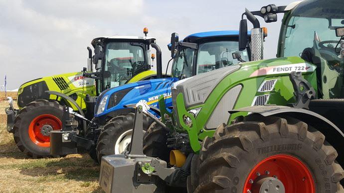 Tracteurs class fendt New Holland