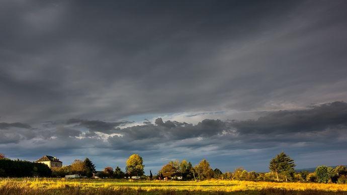 Les pluies continuent d'inquiéter en France et en Allemagne