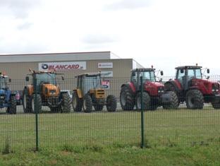 Quatre tracteurs dérobés dans l'Oise