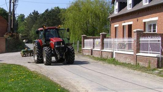 Le système d'appel d'urgence bientôt obligatoire dans les tracteurs ?