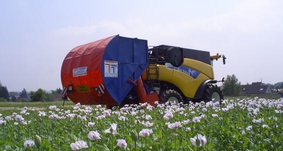 Le récupérateur de menue paille permet d'éviter de réensemencer le sol.