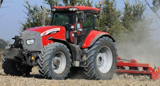 des moteurs scr sur les tracteurs mccormick x70 pour stage 3b. Black Bedroom Furniture Sets. Home Design Ideas