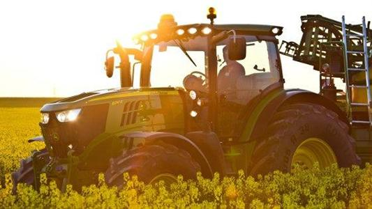 Un tracteur polycarburants chez John Deere