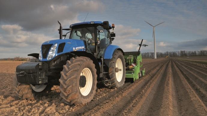 Terre net vous fait essayer un tracteur agricole essai tracteur agricole - Image tracteur ...