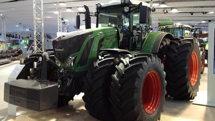 Fendt 900 Vario, sur le stand du contructeur à l'Agritechnica 2013